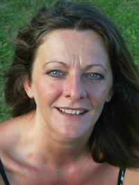 Portrait de l'auteur Edwige MALPAUT copie 3